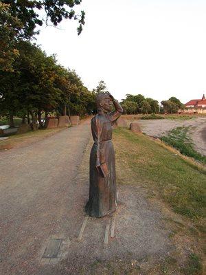Statue of writer Selma Lagerlöf